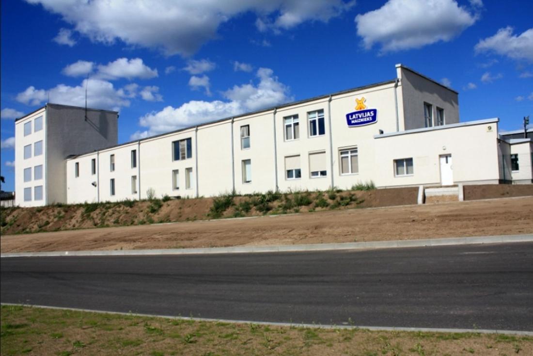 """Ražotnē investējot vairāk nekā 10 miljonus eiro, A/S """"Latvijas Maiznieks"""" saņem prestižo BRC sertifikātu"""